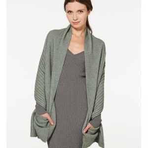 Mcdonald  美丽诺羊毛披肩(口袋款)